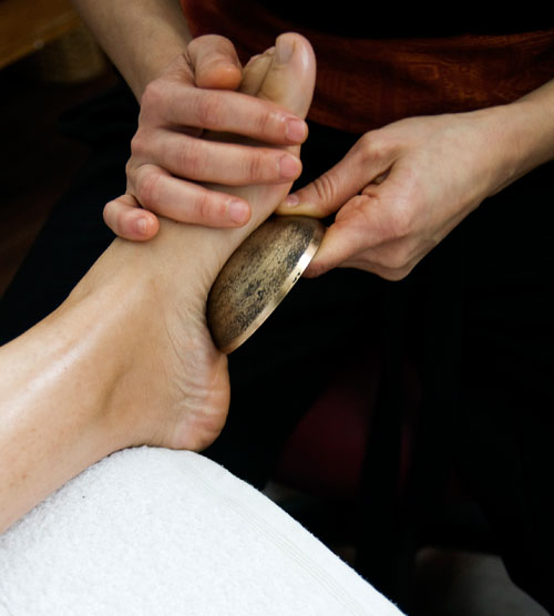 Kansa vatki foot massage
